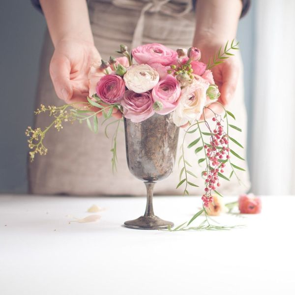 How to Cut Wedding Costs by Doing Your Own Floral Arrangements