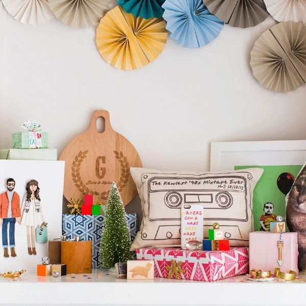 12 Items That Would Look SO Good on a Holiday Mantel