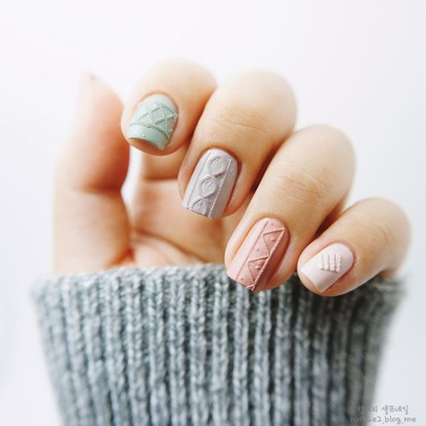 Sweater Nails Are the Coziest Kind of Nail Art We've Ever Seen