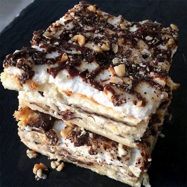 Dessert Lasagna Might Be JUST What Your Thanksgiving Needs