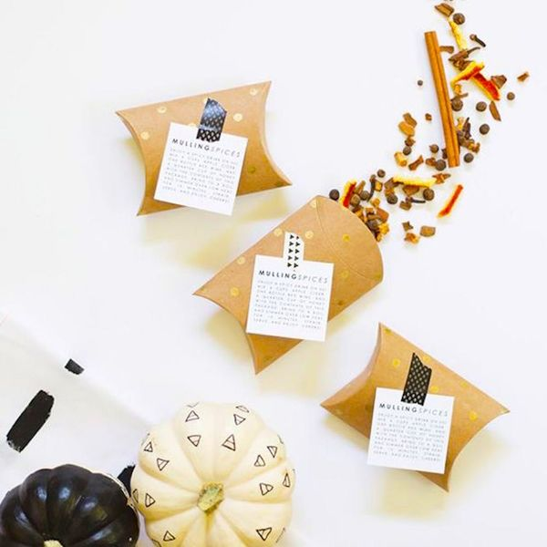 15 Creative Thanksgiving Favors You Can Totally DIY