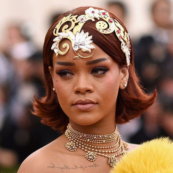 11 Next-Level Celebrity Hair Accessories to Inspire Holiday Party Vibes