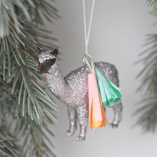 19 Adorable Animal-Inspired Holiday Decor Picks