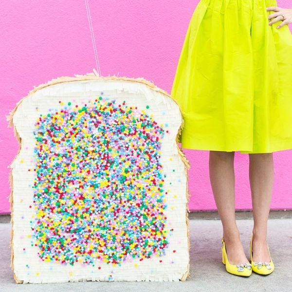 What to Make This Weekend: Pretty Piñatas, DIY Wall Art + More