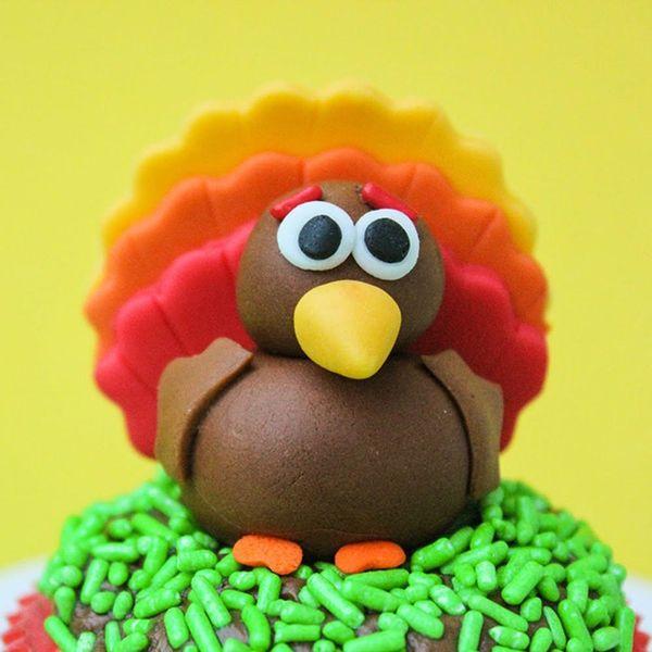 16 Turkey-Inspired Thanksgiving Dessert Recipes the Kids Will Love