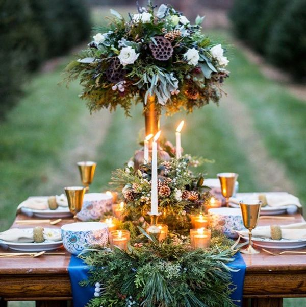 17 Chic Winter Wedding Tablescapes You'll Melt Over