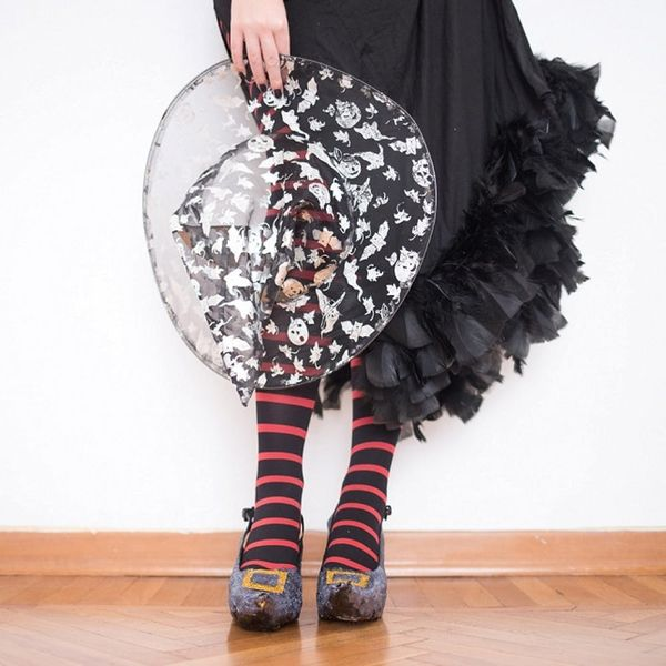How to DIY Super Easy Witch Shoes for Your Last Minute Halloween Costume
