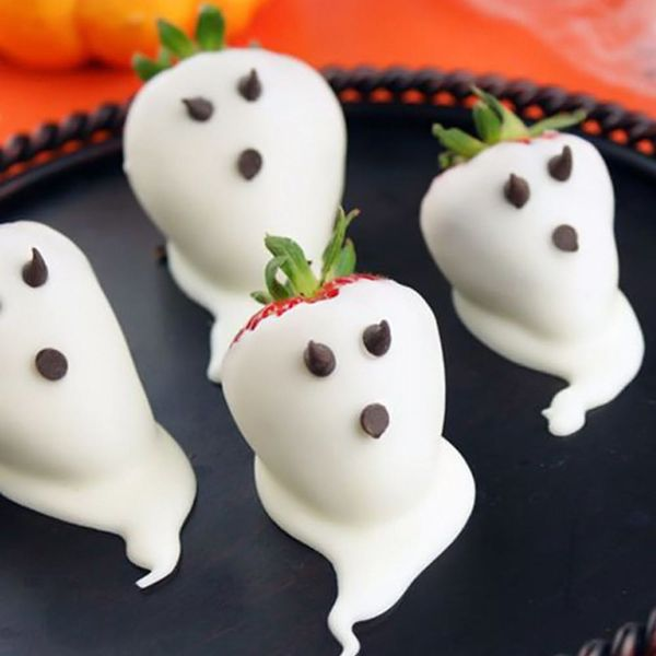 23 Last Minute (and Easy!) Halloween Party Snacks