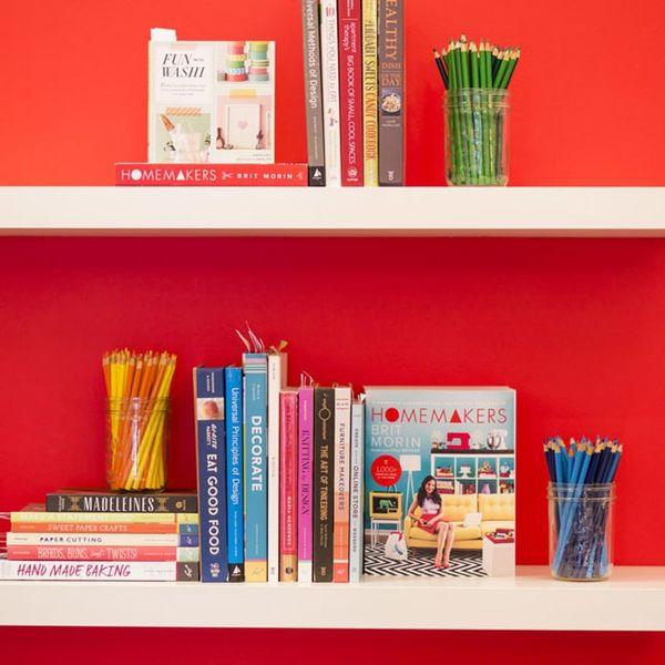 4 Expert Tips for Curating the Prettiest Bookshelves EVER