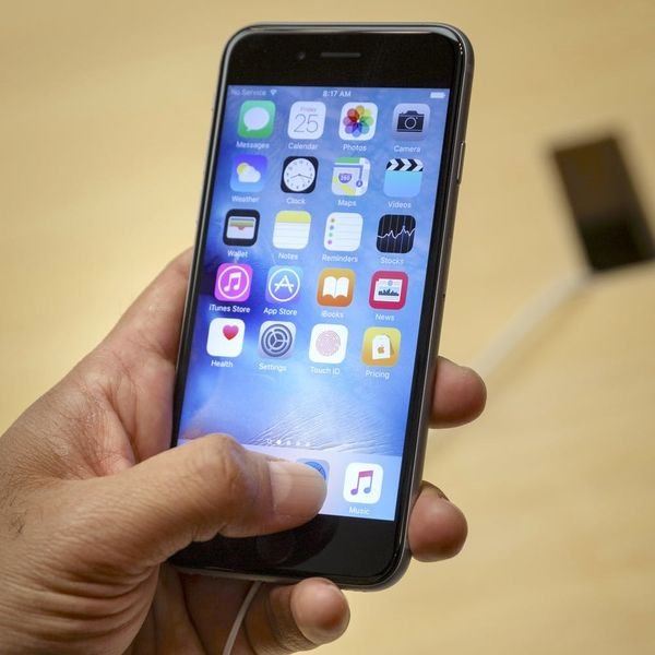 The Scary Reason Why Apple Removed 256 Apps from the App Store