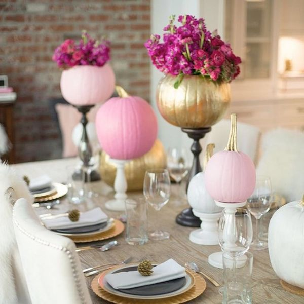 10 Halloween Tablescapes for a Fabulous + Frightening Feast