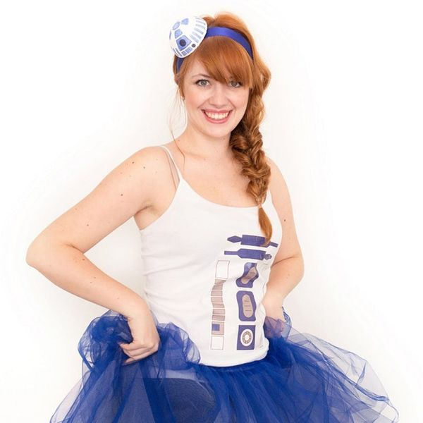 This Easy R2D2 Costume Is the Cutest Star Wars Costume Ever