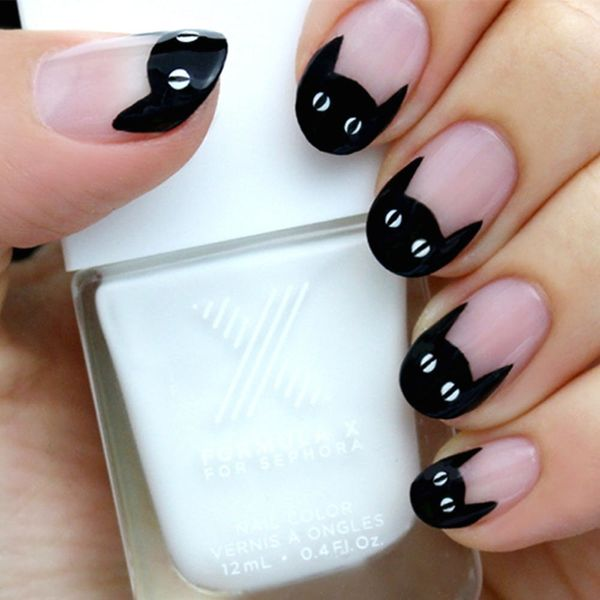 15 Black and White Nail Art Tutorials for Halloween