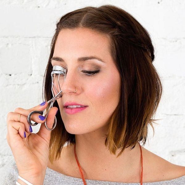 This Eyelash Curler Is So Good You Don't Need Mascara