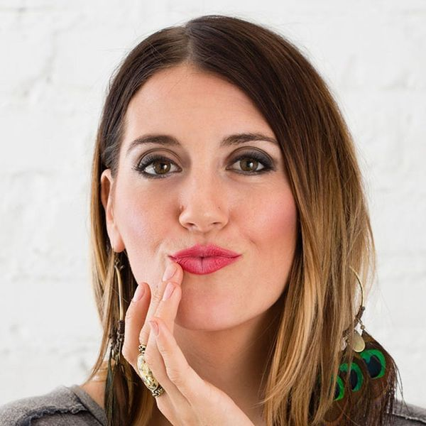 This Is a Lip-Plumping Makeup Hack That *Actually* Works