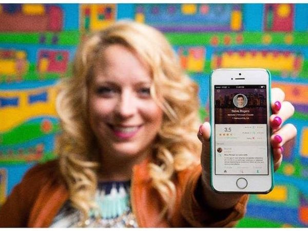 This Kind of Scary New App Allows Other People to Review You