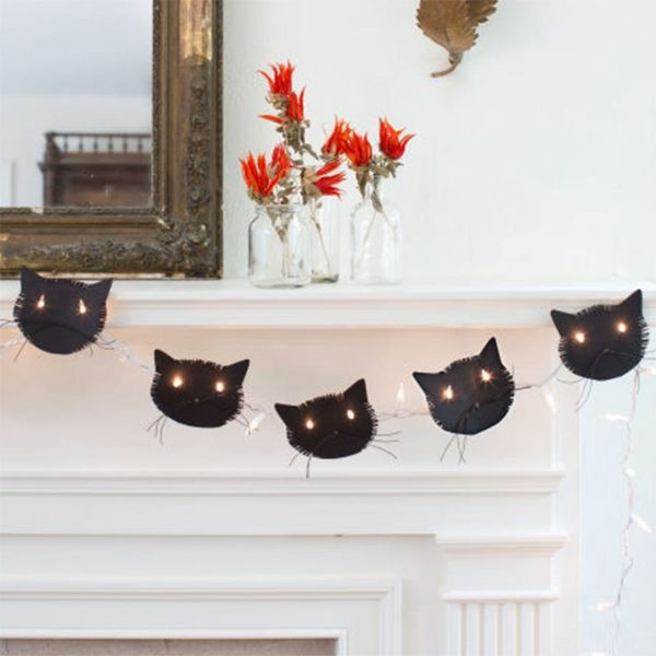13 Halloween Mantels to Give You Serious Decor Inspo