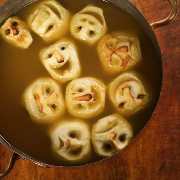 10 Halloween Punch Recipes to Get the Party Started