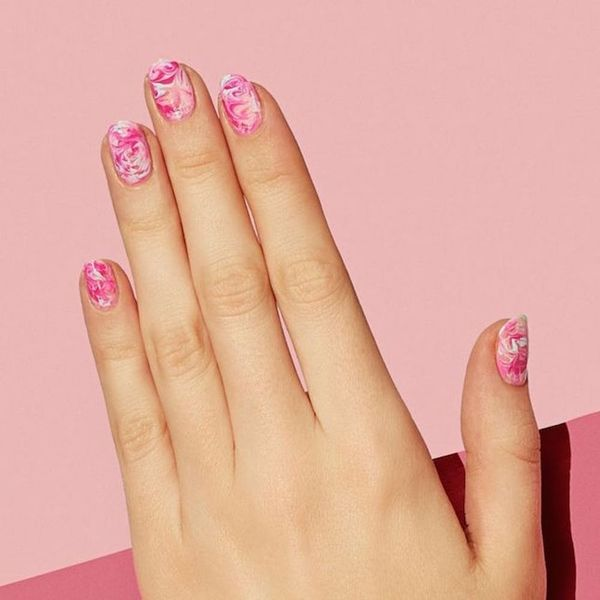17 Ways to Get OMG-Worthy Marble Nails for Fall