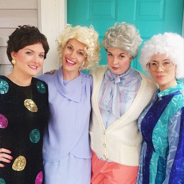 16 BFF Halloween Costumes Perfect for You and Your Friends