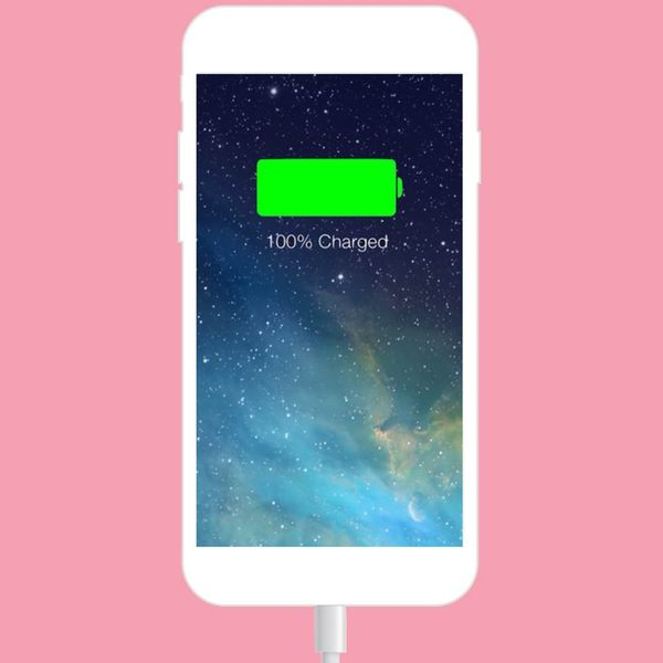 This Is the Super Common Phone-Charging Mistake That Kills Your Battery