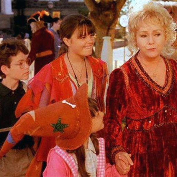 This Halloweentown News Will Make '90s Kids Freak