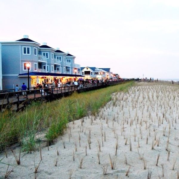 5 Affordable + Creative East Coast Getaways for Fall