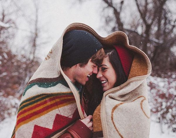 30 Ways to Work Winter into Your Engagement Shoot
