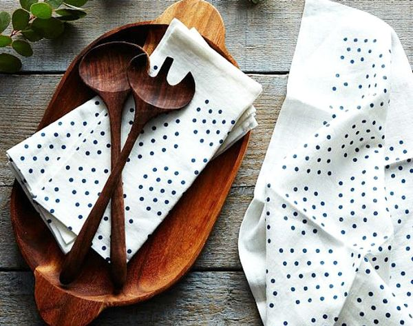 34 Stunning Napkins to Set Out for Supper