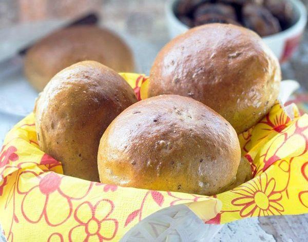 20 Tasty Rolls for Your Thanksgiving Breadbasket