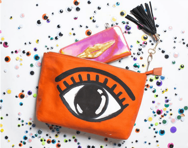15 DIY Makeup Bags to Travel Pretty