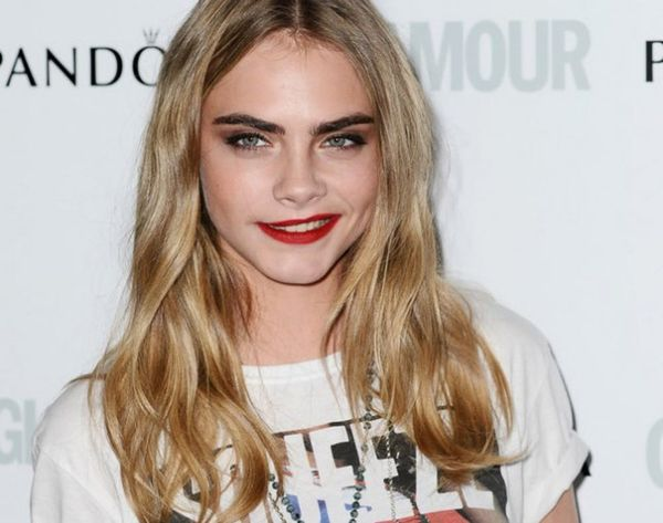 19 Celebs Who Rock Messy Waves Right