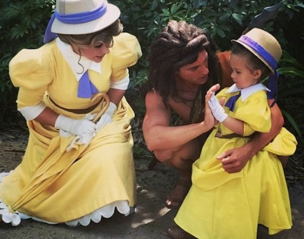 See How This Mom DIYs AMAZING Disney Costumes