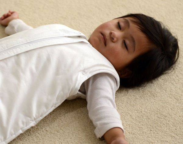 This Sleeping Bag Will Help Your Baby Catch Zzzs