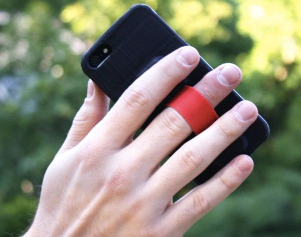 Clumsy? This Case Makes Your Phone Un-Droppable