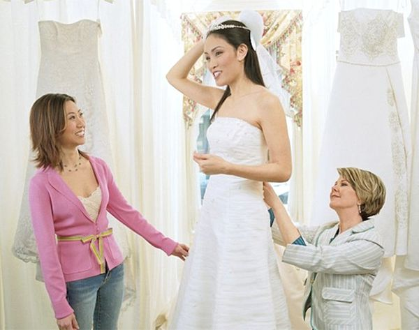 WTF: Solo Weddings Are a Thing?!