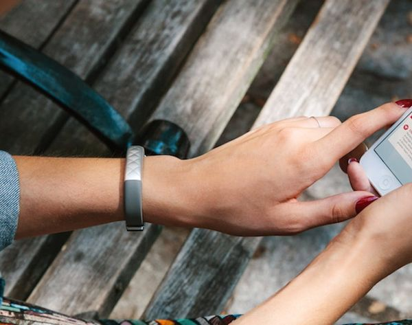 Jawbone's New Tracker Knows More About Your Health Than Your Doc Does