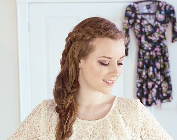 17 Easy Hairstyles For A Rainy Day Brit Co