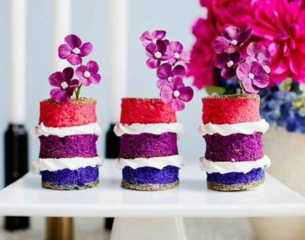 Go Naked With 21 Frosting-Free Wedding Cakes