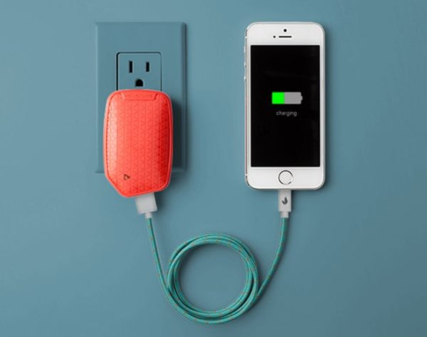 This Charger Will Make Sure Your Phone Never Dies Again