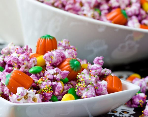 11 Wicked Snack Mixes for Halloween Munchies