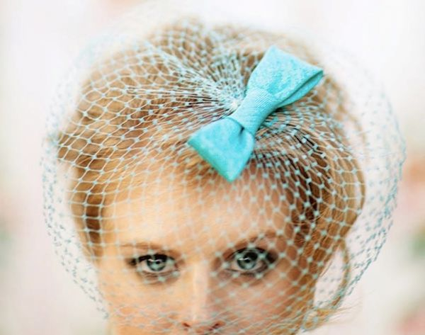 15 Birdcage Veils to Wear on Your Wedding Day