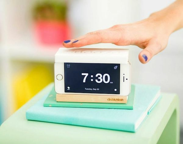 This iPhone Dock Will Get You Outta Bed in the AM