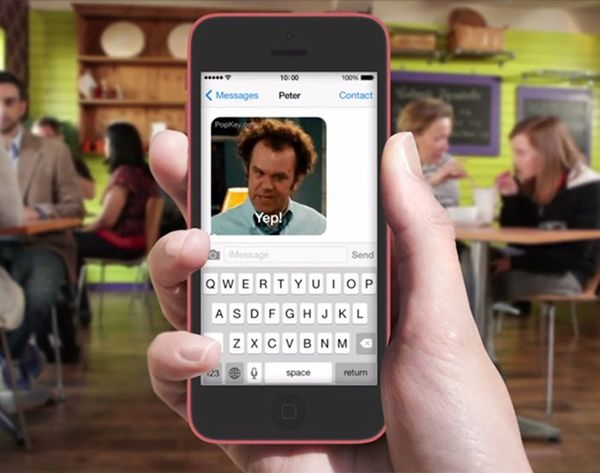Move Over, Emoji,It's All About the GIF Keyboard Now