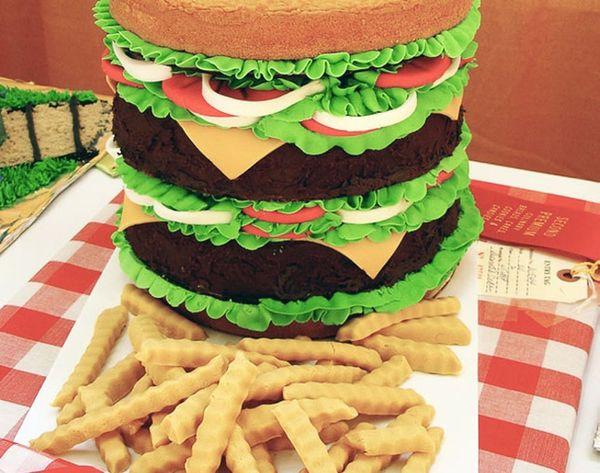 The 20 Wackiest Wedding Cakes Ever