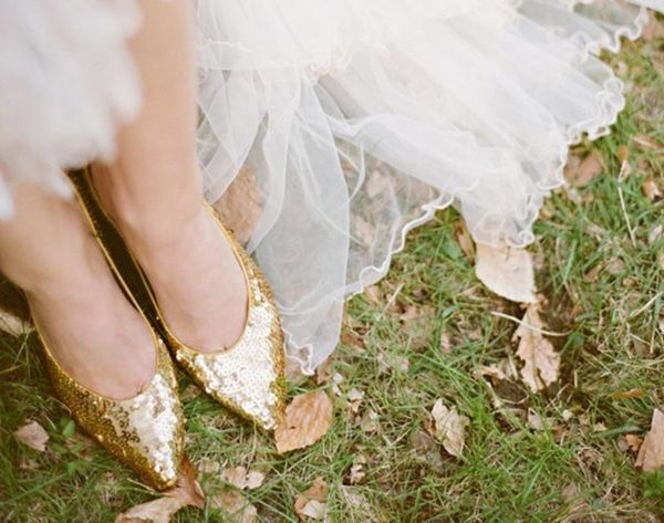20 Gold Wedding Shoes to Wear on Your Big Day