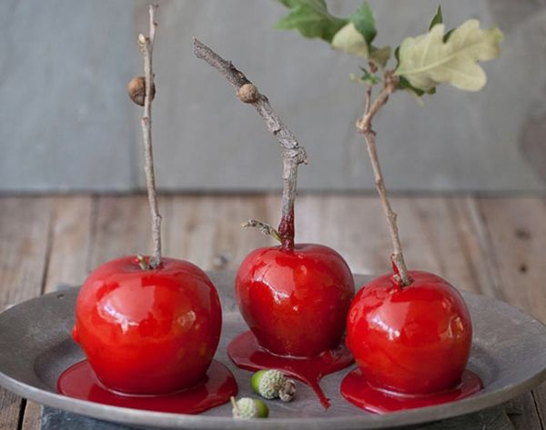 12 Candy Apple Recipes to Make This Autumn