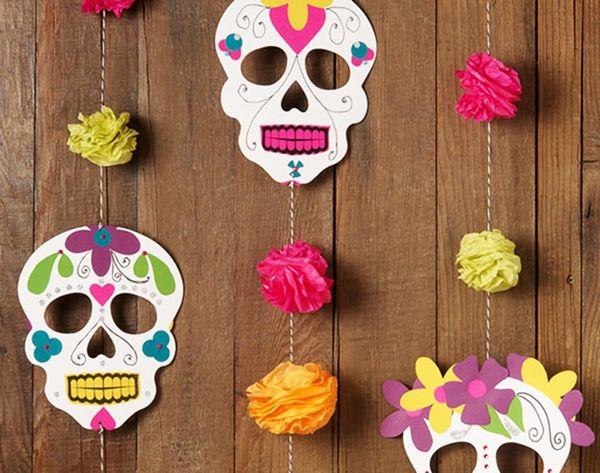 13 Totally Wicked DIY Halloween Garlands