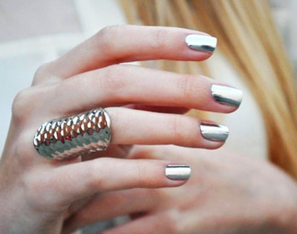 10 Metallic Manis for the Unconventional Bride