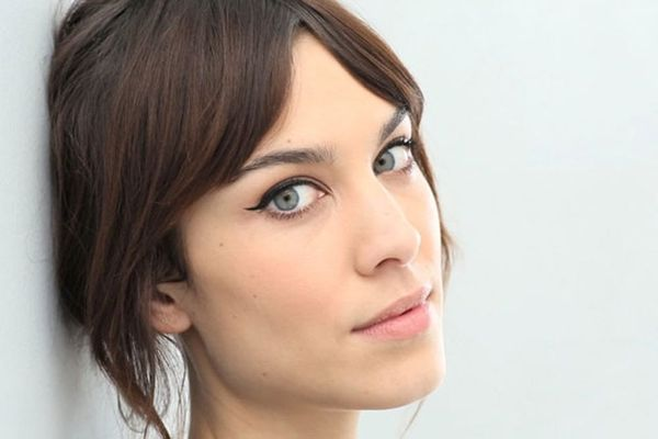 8 Beauty Lessons We Learned from Alexa Chung
